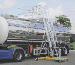 Günzburger Steigtechnik Tankwagenleiter eckig